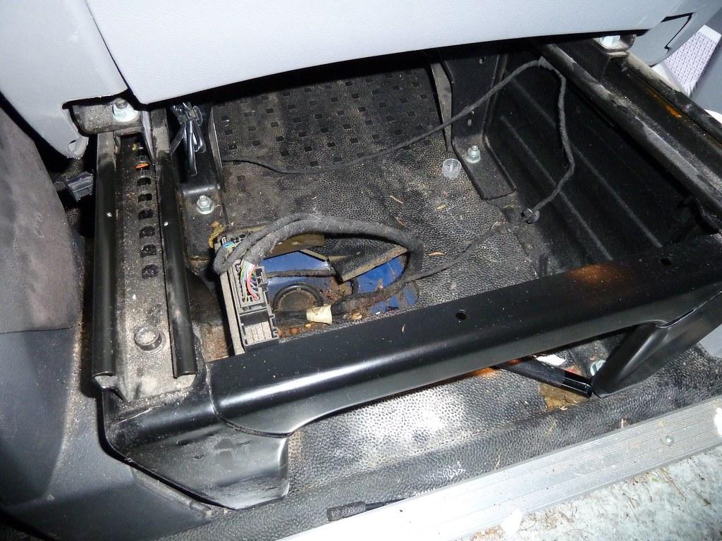 hight resolution of vw t5 van fixing central locking flickr regular honeywell lyric t5 wiring diagram
