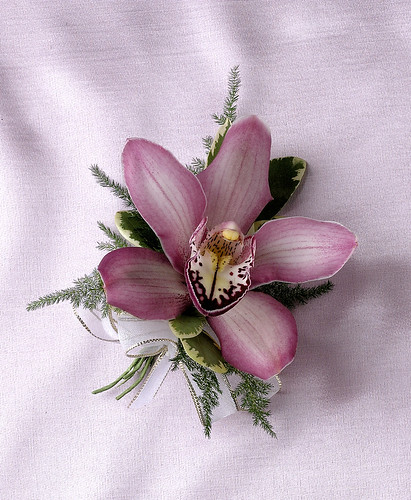 Corsage  Corsages are an extra touch to make a special