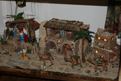 Little Bethlehem Village Christmas 2010 Department 56