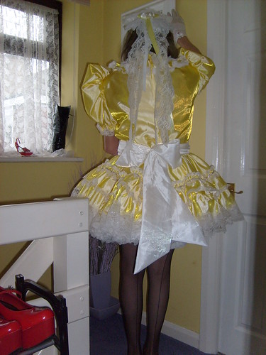 Madam Fifi New Yellow Maids Uniform 070 Madam Fifi