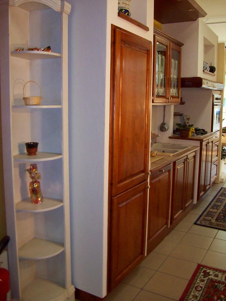Cucina in ciliegio cucina moderna in ciliegio in for Poli arredamenti