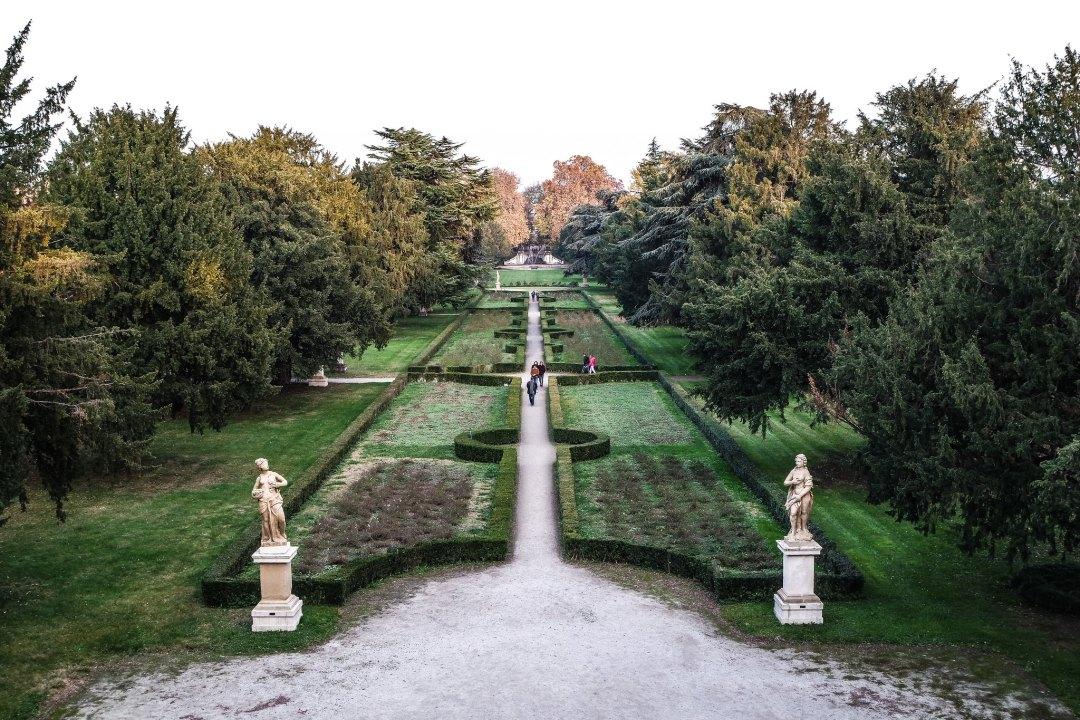 Giardini del Palazzo Arese Borromeo