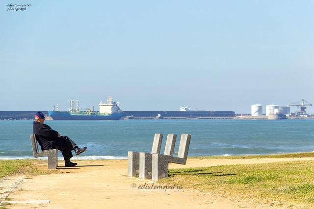Old Man, Praia.jpg