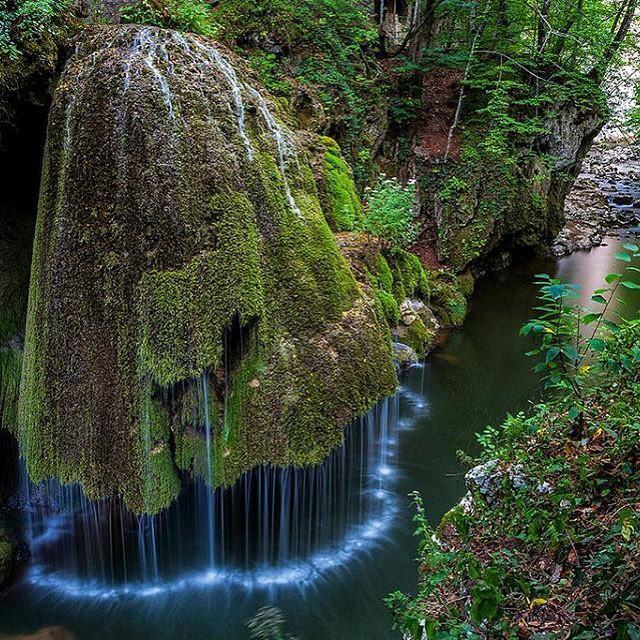 Apabila Allah ingin memperlihatkan akan kebesaranNya... Bigar Waterfall, Romania