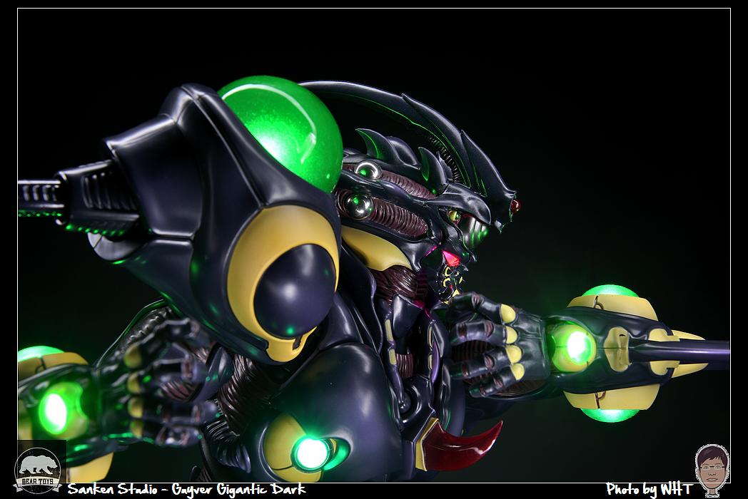 [達人專欄] 【開箱】Sanken Studio - 強殖裝甲 黑色巨人殖裝 - howardwht的創作 - 巴哈姆特