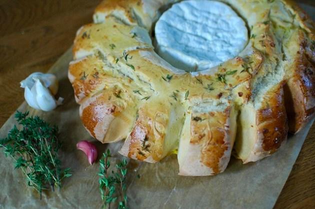 Camembert Bread Wreath