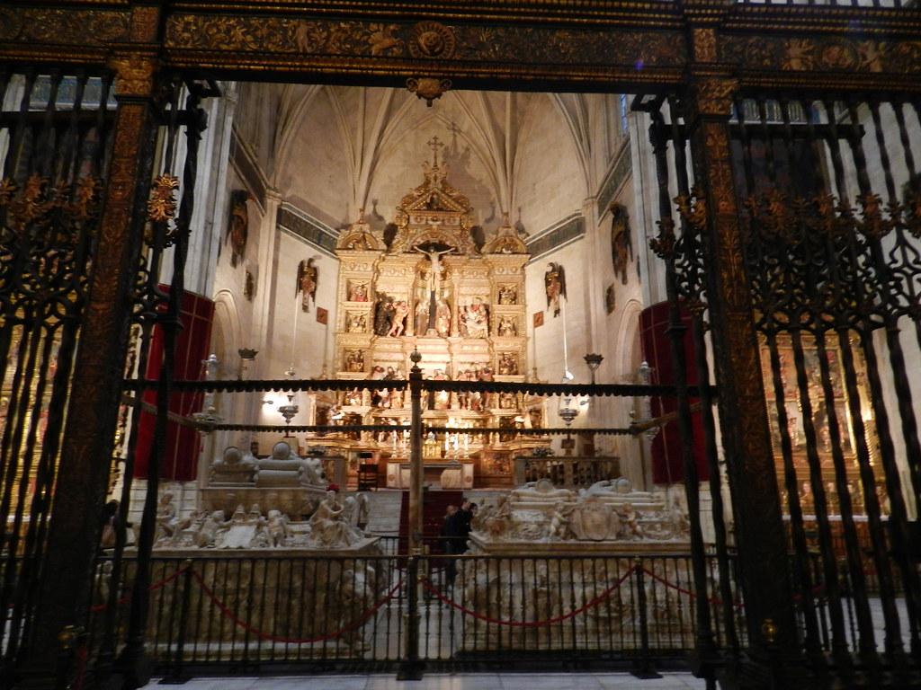 Granada Capilla Real Mausoleos Reales y la Cripta 01