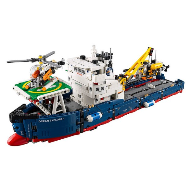 rc stunt helicopter with Lego Technic Sets For 2017 Include Science Ship Monster Truck News on How To Make 8 Of Worlds Best Paper further Flying 3d X6 Best Quadcopter Review further Lego Technic Reveals Its Latest Jet Plane And More For 2017 besides Lego technic furthermore 252169406999.
