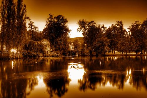Robert Emmerich - 10 Sepia Sea in the city garden with a bridge in Meiningen - Germany