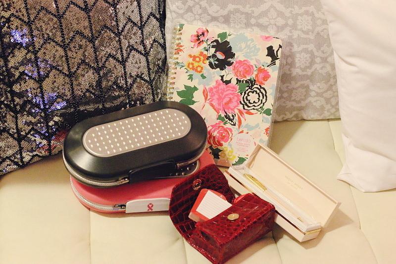 12-days-of-christmas-giveaway-girlboss-4