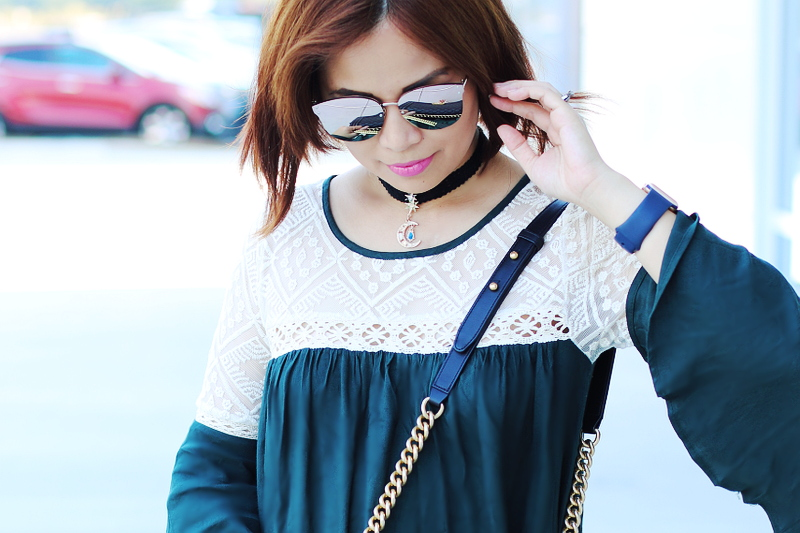 green-bell-sleeves-lace-dress-choker-2