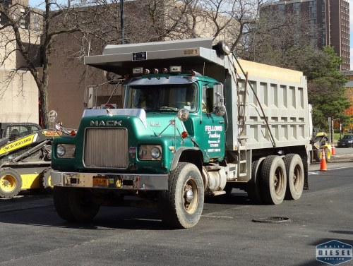 small resolution of  mack dm dump truck fellows trucking by daily diesel dose