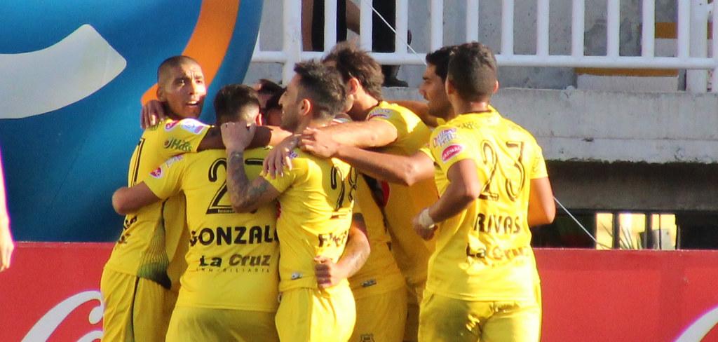 San Luis 2-1 Wanderers