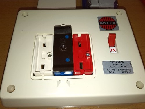 small resolution of by 8184496 wylex traditional rewireable fusebox by 8184496