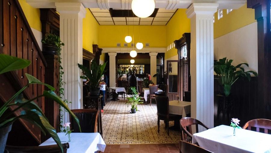 Beukenhof Restaurant Yogyakarta (1 of 11)