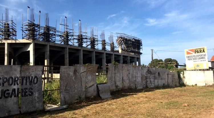 Governo empenha R$ 16,2 milhões para retomada do ginásio poliesportivo de Santarém, Obras paradas do ginásio poliesportivo de Santarém