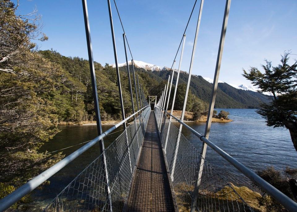 Mararoa Riverbridge的圖片搜尋結果