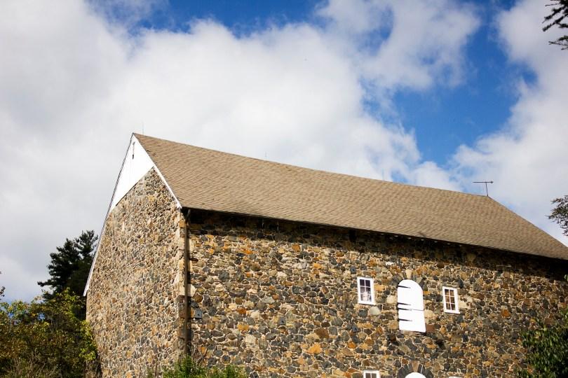 tyler-arboretum-barn-door