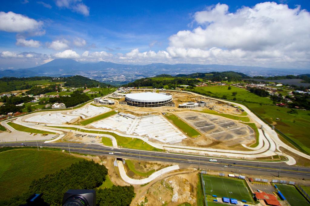 Contruccin Nuevo Templo Casa de Dios 2011  Tomas areas