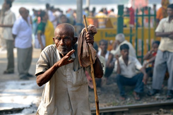 Old man on Kolkata street. Source ~ Flickr.com