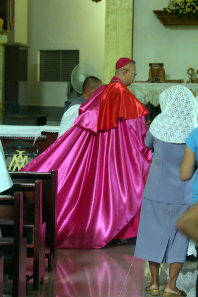 Cappa Magna  Archbishop Jose Palma entering the Sanctuary