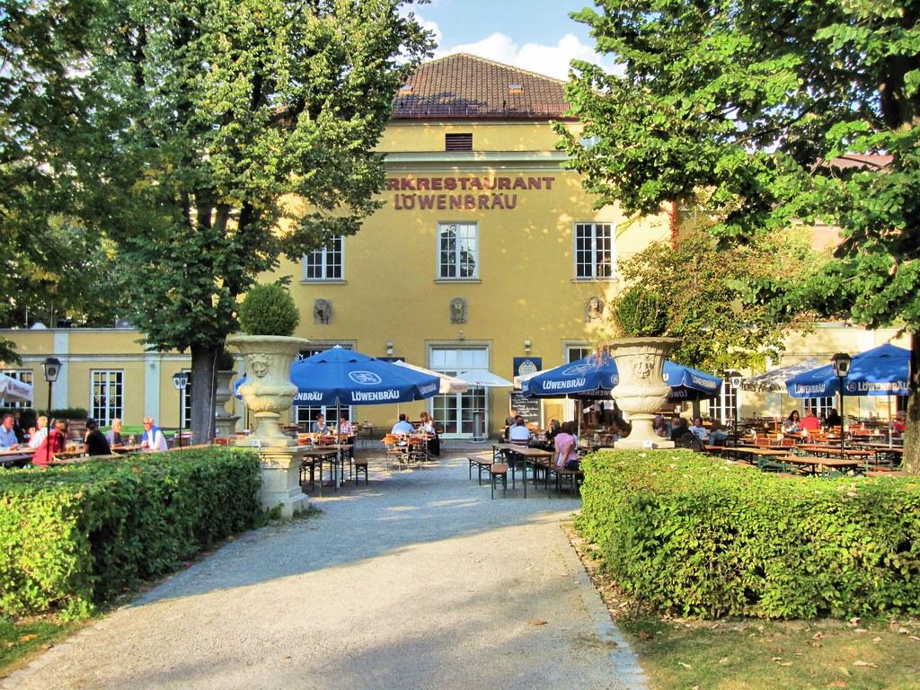 Munich Park Cafe Biergarten Alter Botanischer Garten Flickr