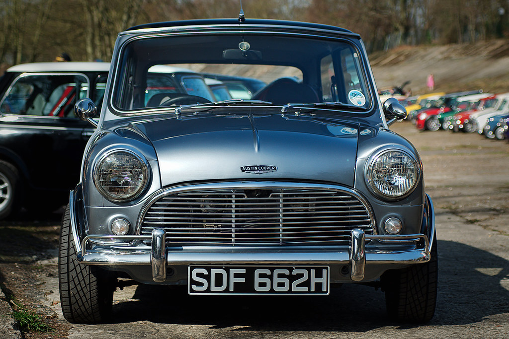 3d Classic Wallpaper Austin Mini Cooper I Love The Look Of This One At The