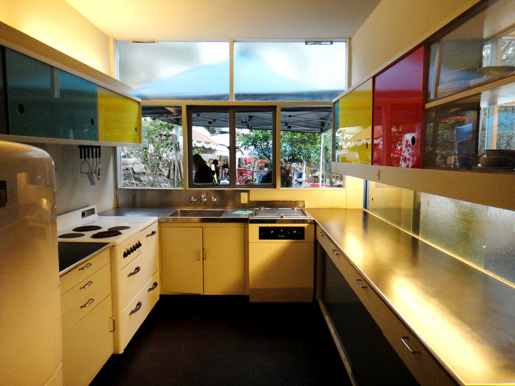 rose seidler house kitchen 1  State of the art for 1950