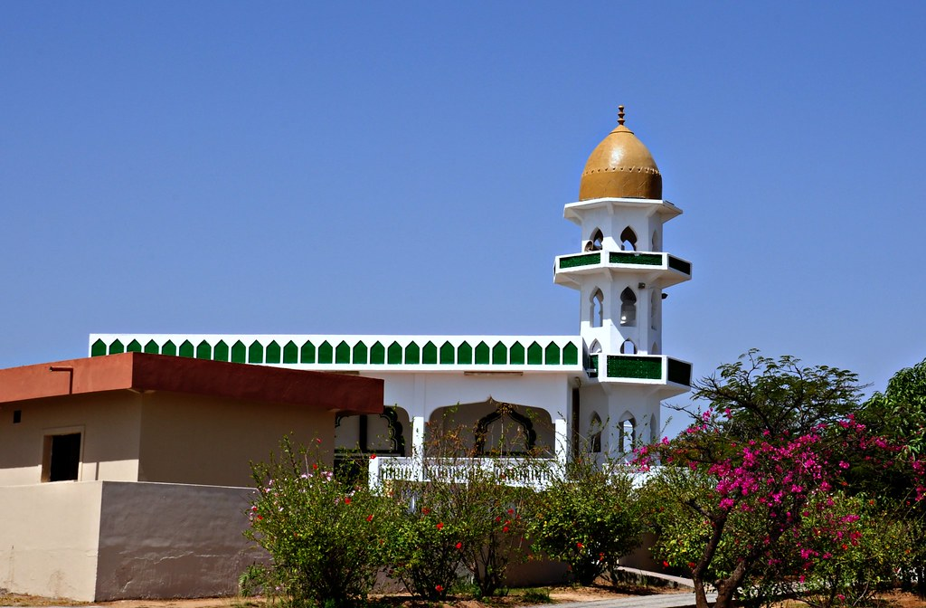 Tomb Of Prophet Job Salalah Oman The Tomb Dargah Of