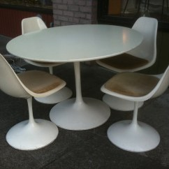 Tulip Table And Chairs Oversized Dining 1960 39s Burke 42 Inches