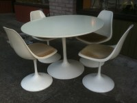 1960's Burke Tulip table and chairs | Table: 42 inches ...