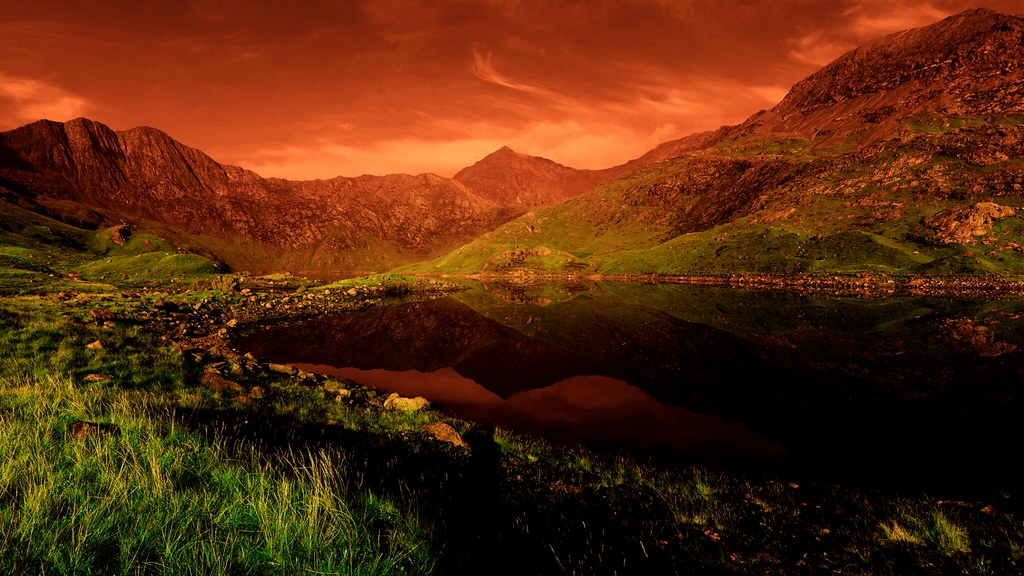 Nice 3d Wallpaper Mount Snowdon Wales My Current Wallpaper Which Looks