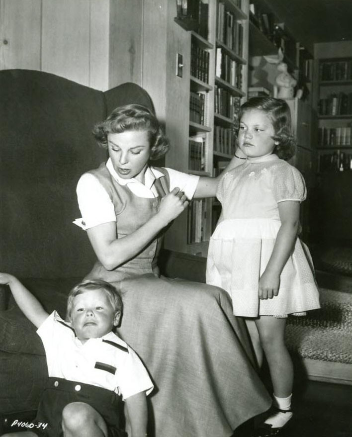 June Allyson  Children  June Allyson with daughter