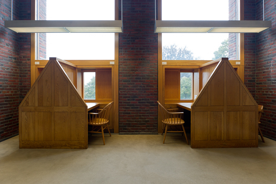 library at Phillips Exeter Academy Exeter NH  D607_028