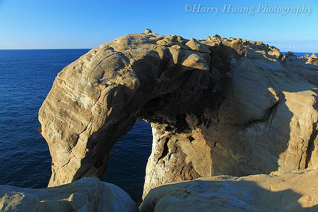 4_MG_9939-象鼻巖-海蝕拱門-巖石-砂巖-番仔澳-深澳岬角-新北市-瑞芳-東北角   番仔澳(深澳)位於瑞芳和基…   Flickr