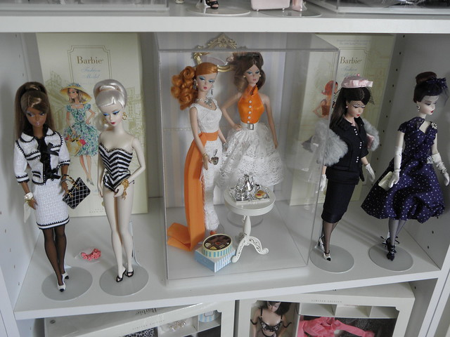 They Were Instrumental In My Quest For Creating Charming Back Grounds To  Highlight Certain Dolls. You Can See The U201ccubesu201d On One Of My Display  Shelves: