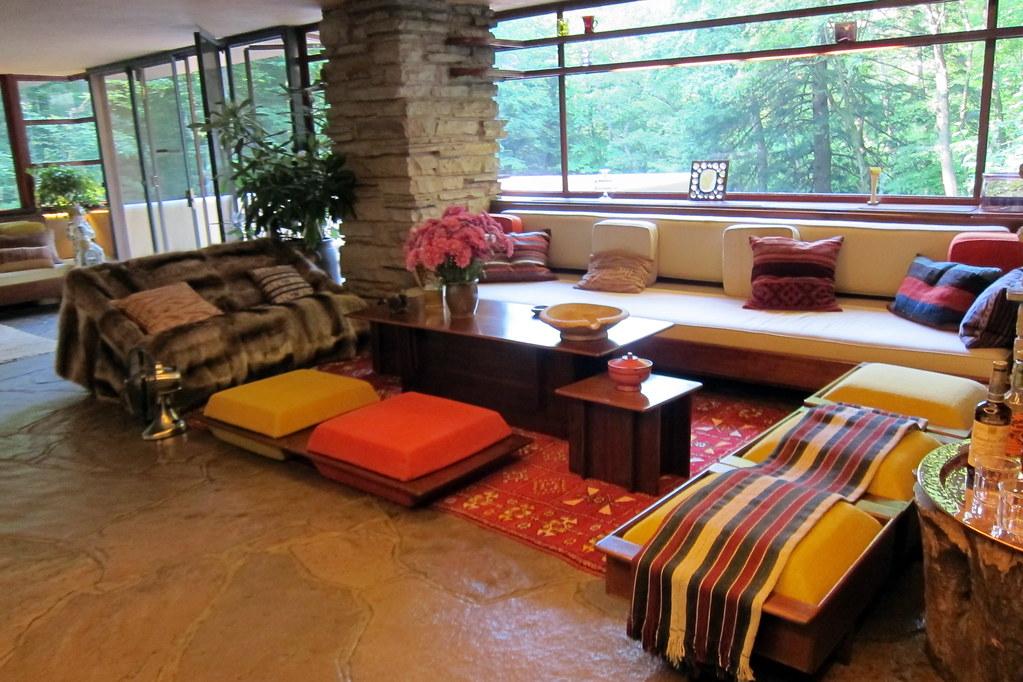 Pa Mill Run Fallingwater Livingroom Fallingwater S