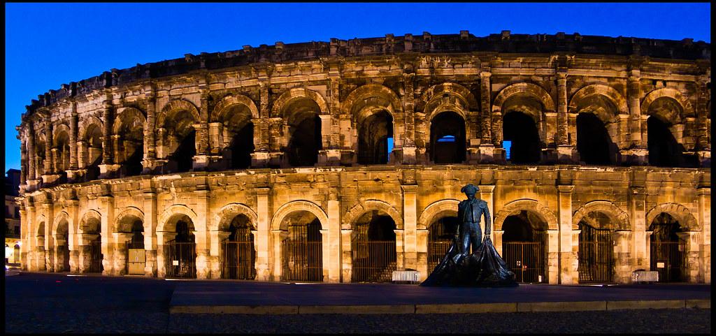 Anfiteatro de Nimes  Anfiteatro de la ciudad francesa de