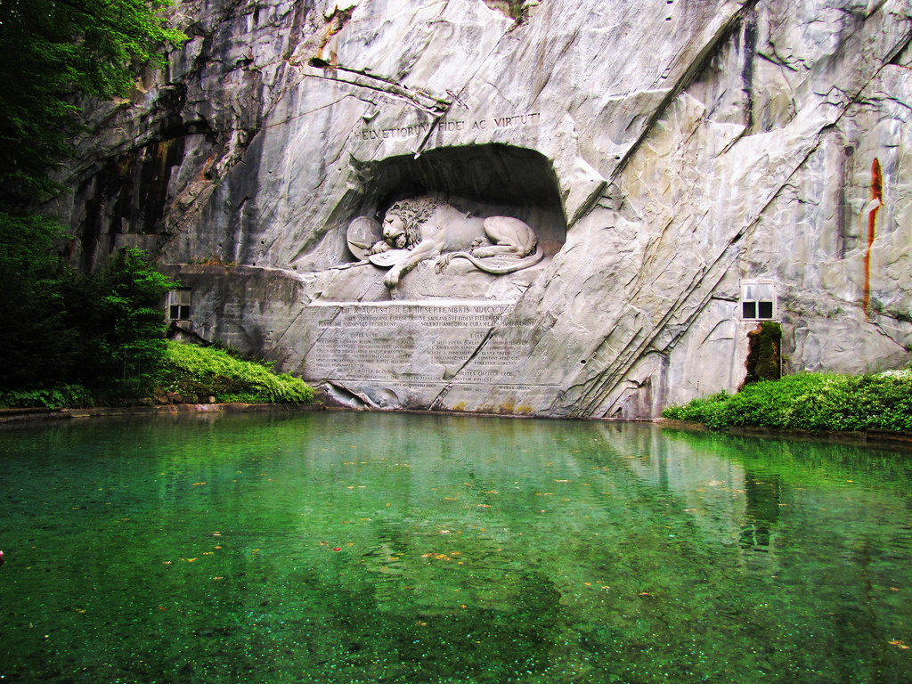 Hd Wallpapers Moving Free The Lion Monument At Lucerne Switzerland The Lion