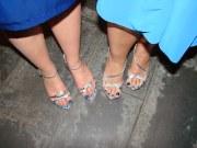 blue toenails glue