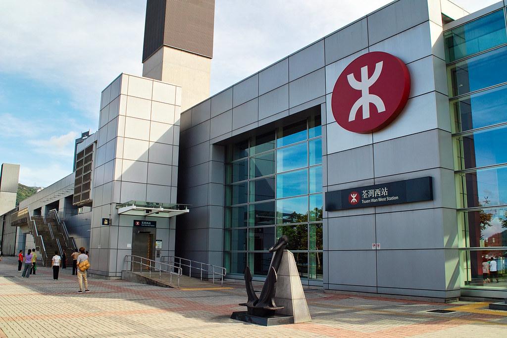 荃灣西鐵站~錦上路西鐵站-01 | By Sigma DP2+LW46 (RAW+SPP) 08:55a.m.於荃灣西鐵… | Flickr