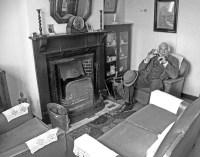 1940's living room