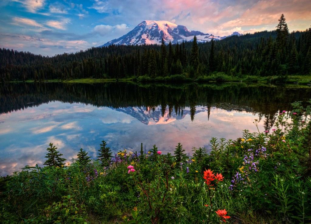 Fall Verse Wallpaper Morning Glory Sunrise At Reflection Lake Mt Rainier Hdr