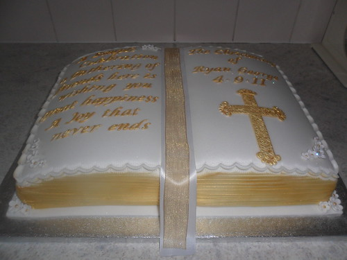 Pictures Christening Cakes