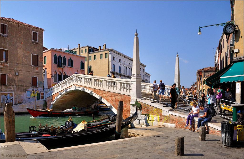 Venice  Cannaregio  Ponte delle Guglie  Cannaregio