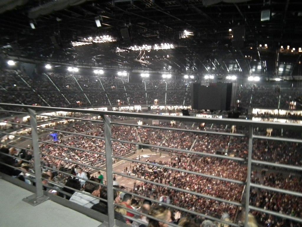The Lanxess arena inside  Ruben D  Flickr