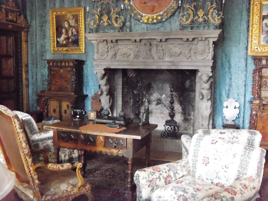 Hearst Castle. A sitting room.