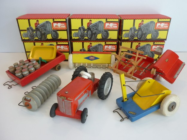 Lego Wood Tractor Series