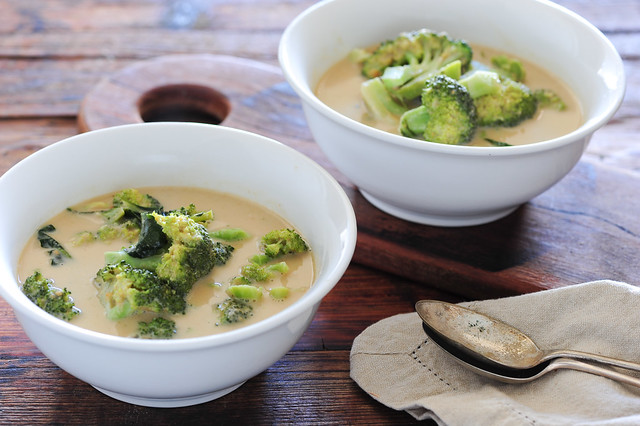 green curry of broccoli soup-2