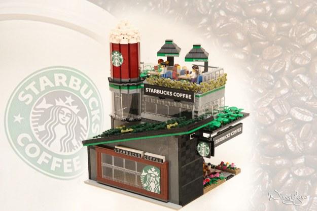 Lego MOC Starbucks Cafe (2)